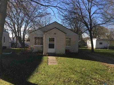 Photo of 204 Union St, Alcester, SD 57001