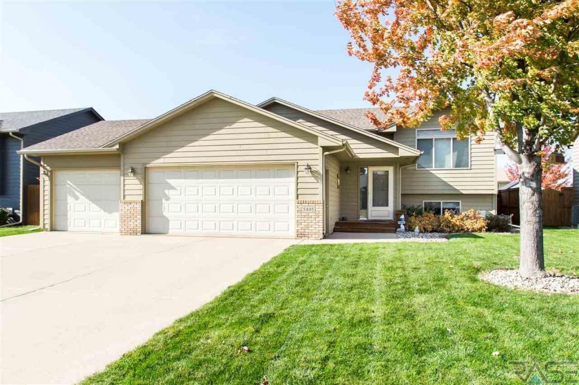 5405 S Galway Ave, Sioux Falls, SD 57106