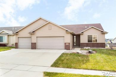 5801 W Pineridge Dr, Sioux Falls, SD 57107