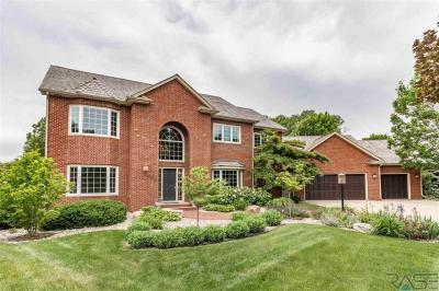 Photo of 5013 Elderberry Cir, Sioux Falls, SD 57108