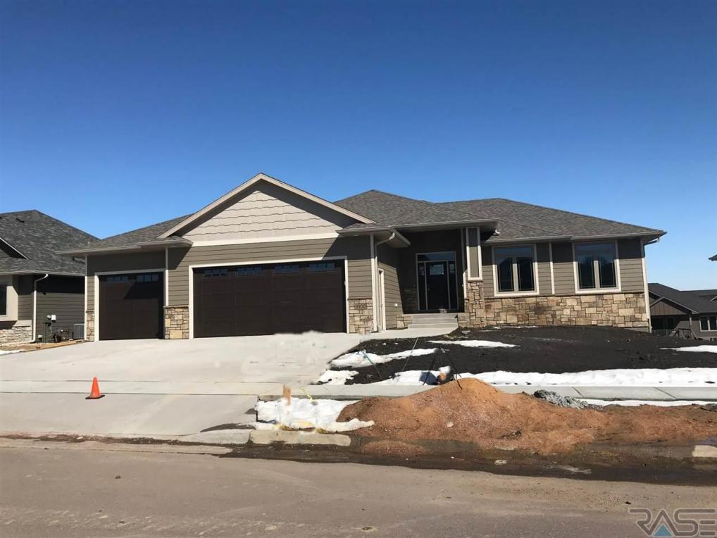 9100 W Dragonfly Dr, Sioux Falls, SD 57107