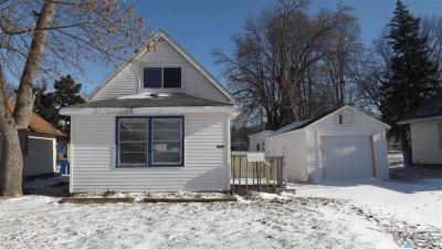 Photo of 906 N Sherman Ave, Sioux Falls, SD 57103
