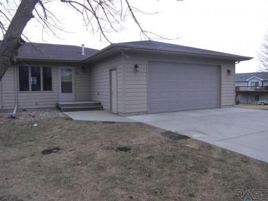 305 S West Ave, Crooks, SD 57020