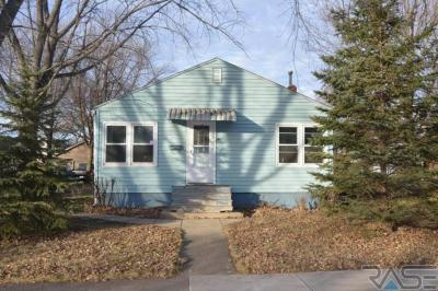 Photo of 309 West Ave N, Madison, SD 57042