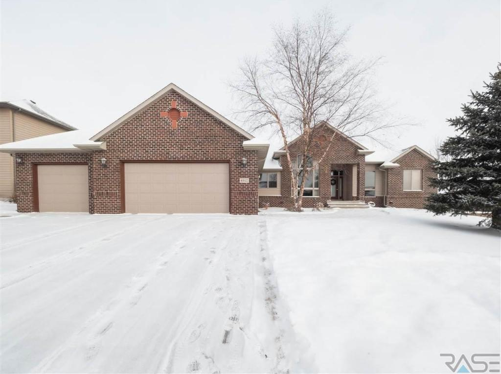 6512 S Heatherridge Ave, Sioux Falls, SD 57108