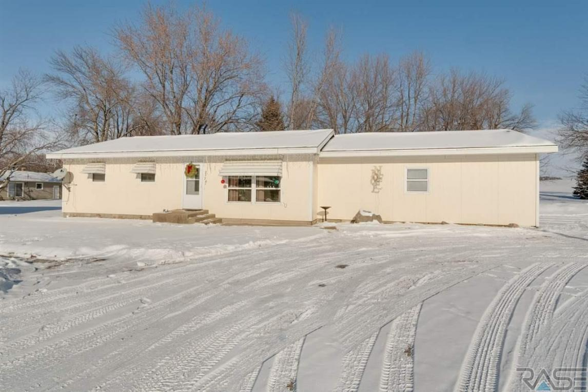 25763 475th Ave, Renner, SD 57055