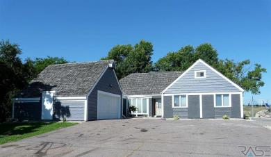 1201 N Cleveland Ave, Sioux Falls, SD 57103