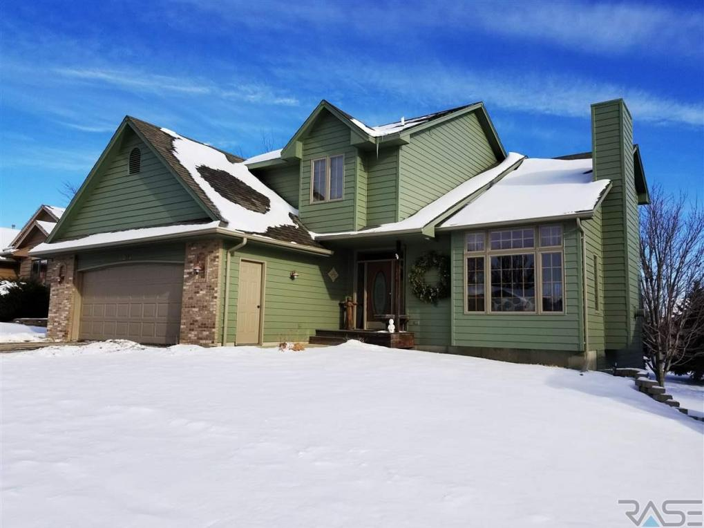 304 N La Salle Ave, Sioux Falls, SD 57110