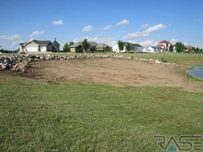 Photo of 100 Birch Ave, Madison, SD 57042