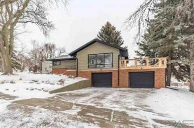 2504 S Van Eps Ave, Sioux Falls, SD 57105