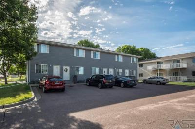Photo of 4501 E 3rd St #1-5, Sioux Falls, SD 57103