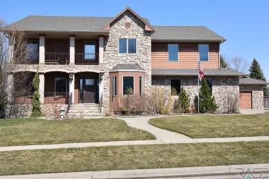 5900 S Shadow Ridge Ave, Sioux Falls, SD 57108