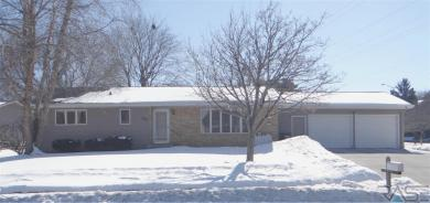 2817 W 31st St, Sioux Falls, SD 57105
