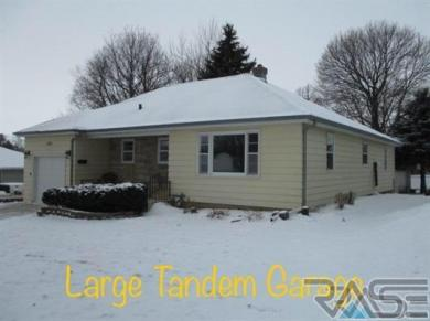1901 S Lyndale Ave, Sioux Falls, SD 57105