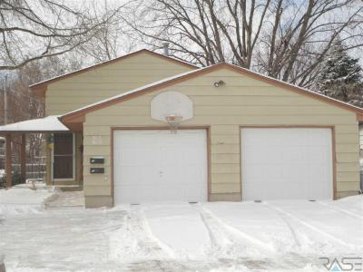 Photo of 613 N Garfield Ave, Sioux Falls, SD 57104