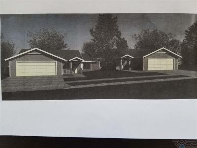 Photo of 702 Britz Ave, Luverne, MN 56156