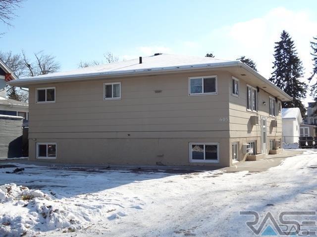 605 W 17th St, Sioux Falls, SD 57104