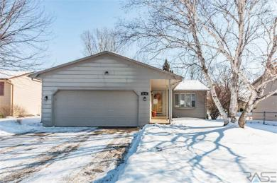 2108 S Judy Ave, Sioux Falls, SD 57103