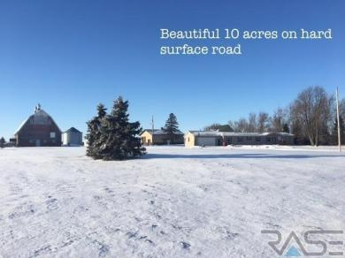 46003 280th St, Hurley, SD 57036