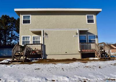 Photo of 2916 2918 E Pearl Ave, Sioux Falls, SD 57103