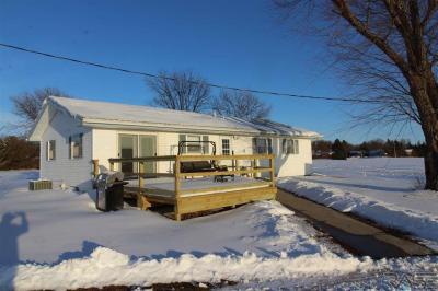 Photo of 43372 W Washington Ave, Howard, SD 57349