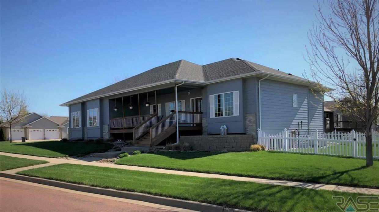 3700 S Mesquite Ave, Sioux Falls, SD 57110