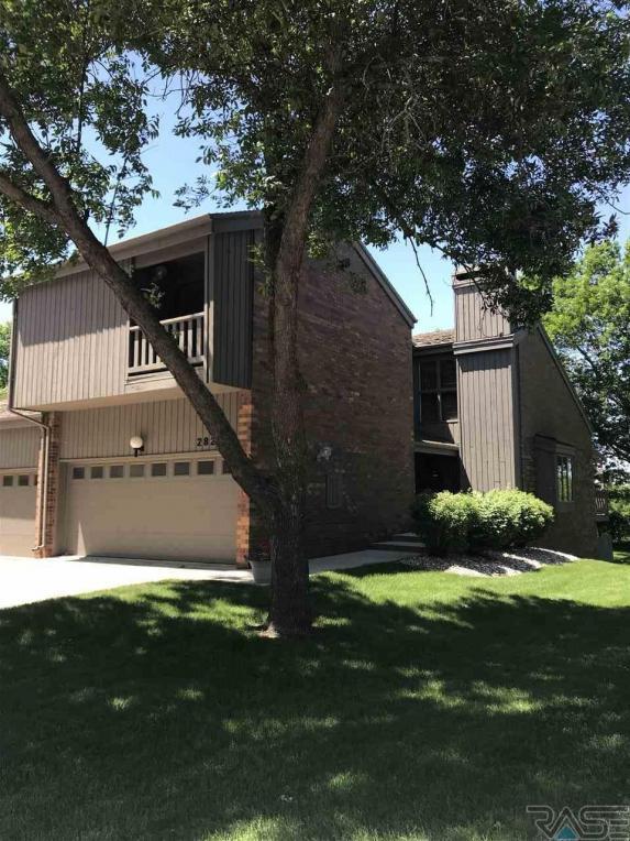 2821 S Ridgeview Way, Sioux Falls, SD 57104
