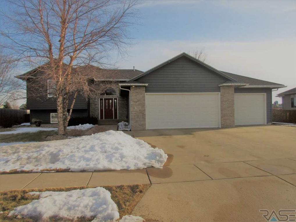 7805 W Marlis St, Sioux Falls, SD 57106