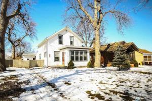909 N Duluth Ave, Sioux Falls, SD 57104