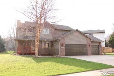6839 W Westminster Dr, Sioux Falls, SD 57106