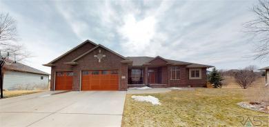 6529 Killarney Ct, Sioux Falls, SD 57108