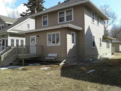 923 W 8th St, Sioux Falls, SD 57104