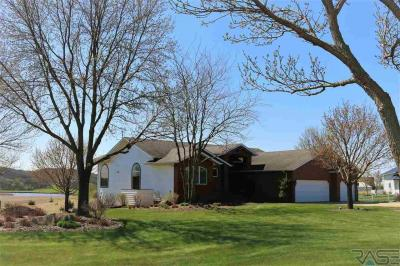 Photo of 48381 277 St, Canton, SD 57013