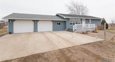 Photo of 28468 469th Ave, Lennox, SD 57039