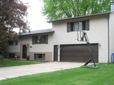 1205 N State Ave, Dell Rapids, SD 57022