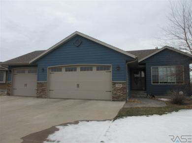 7509 W Grinnell Cir, Sioux Falls, SD 57106