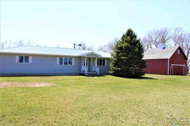 44821 284th St, Hurley, SD 57036