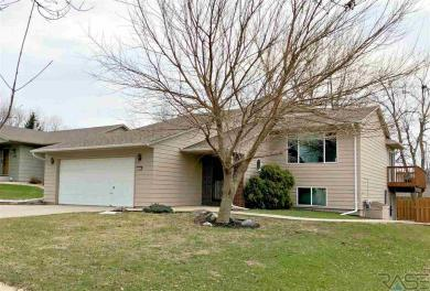 2504 S Judy Ave, Sioux Falls, SD 57103
