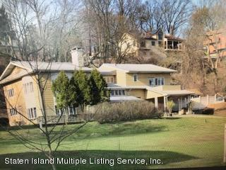 Photo of 405 St George Road, Staten Island, NY 10306