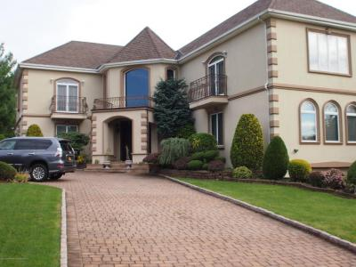 Photo of 37 Fairview Place, Staten Island, NY 10304