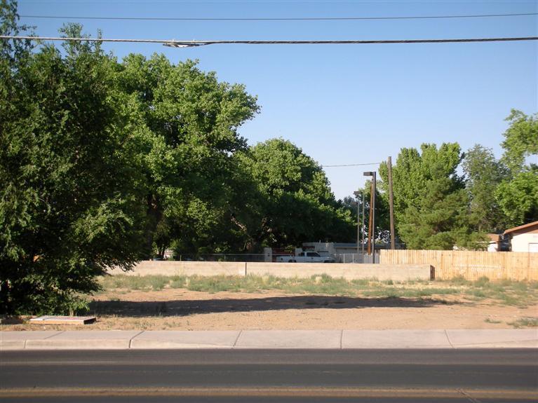 Main, Los Lunas, NM 87031
