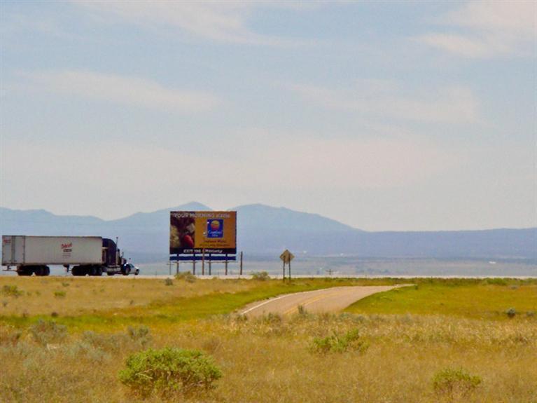 740 E Abrahames Road NE, Moriarty, NM 87035