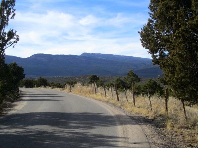130 Riders Road, Sandia Park, NM 87047