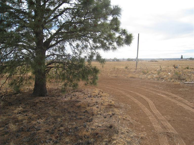 32 B Consuelo Lane, Moriarty, NM 87035