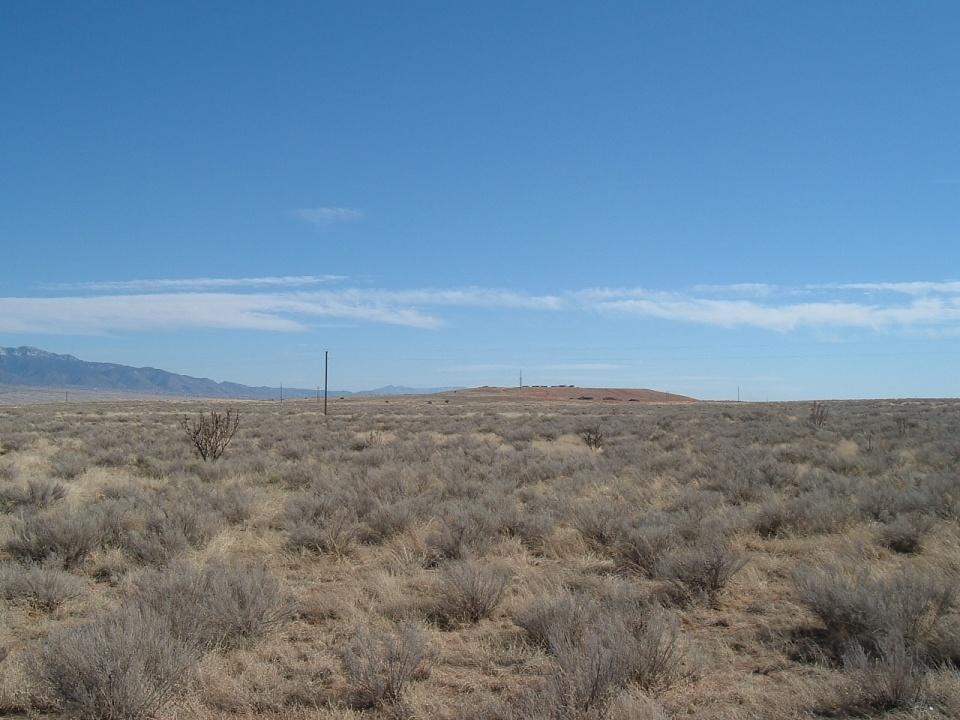 Susa (u20b26l5) Road NE, Rio Rancho, NM 87144