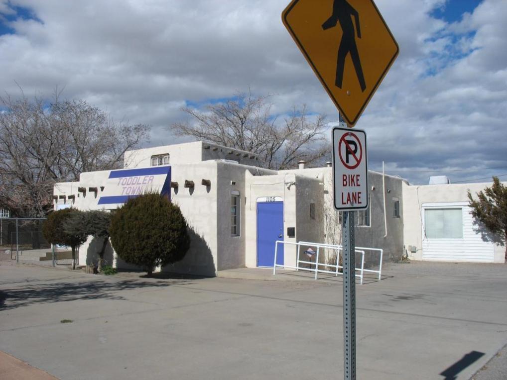 1105 Candelaria Road NW, Albuquerque, NM 87107