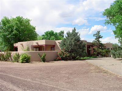 903 Sichler Road SW, Los Lunas, NM 87031