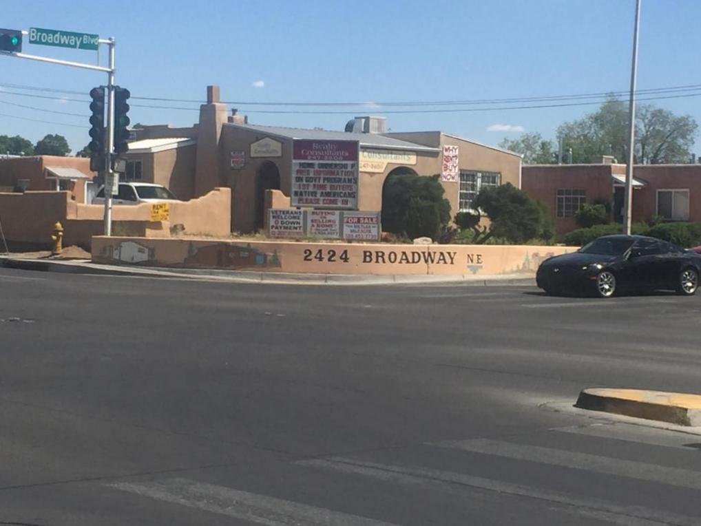 2424 Broadway Boulevard, Albuquerque, NM 87102
