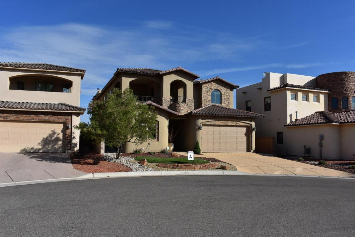 1014 C De Baca Lane, Bernalillo, NM 87004