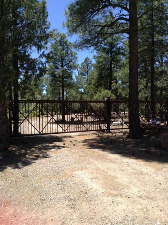 28 Estrella Vista Drive, Tijeras, NM 87059